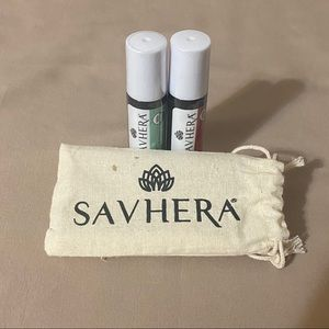 2 Sealed Savhera Essential Oils With Bag